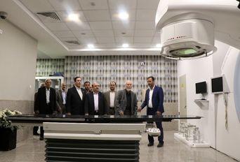 بهرهبرداری از دستگاه پرتودرمانی انرژی بالا در بیمارستان خیریه امید ارومیه