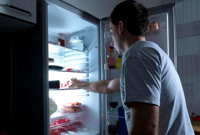 عواقب خطرناک غذا خوردن خارج از ساعت فیزیولوژیک بدن