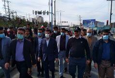 نمازگزاران راهپیمایی برگزار کردند