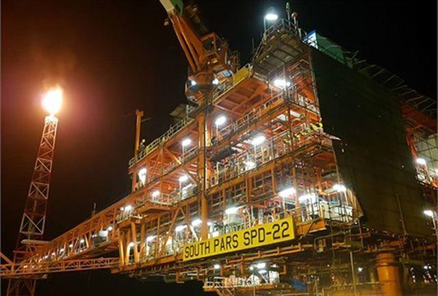 برداشت گاز غنی از نخستین سکوی فازهای ۲۲ تا ۲۴ پارس جنوبی آغاز شد