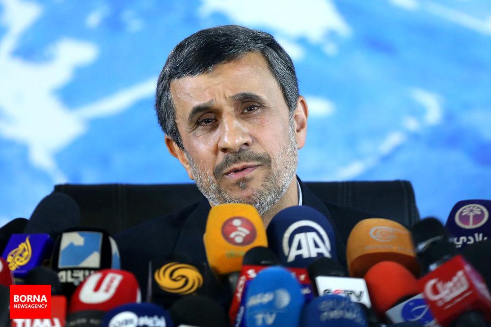 عاشقانههای بیجواب احمدینژاد برای ترامپ/ تندروها خواستار گفتگو با ترامپ