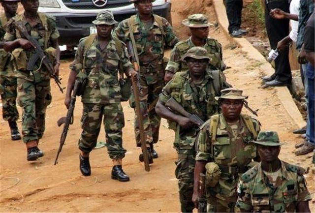 رفتار زننده نظامیان ارتش نیجریه با همسر شیخ زکزاکی