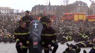 آتشنشانان فرانسوی دست به تظاهرات زدند