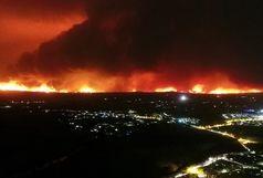 تخلیهی اجباری بیش از ۲۰۰ نفر در پی آتشسوزی گسترده