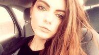 این دختر جوان به دلیل زیبایی بیش از حدش اخراج شد!+ عکس