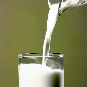 باور نادرست در مورد سالم سازی شیر با جوشاندن ۱۰ تا ۲۰ دقیقه ای