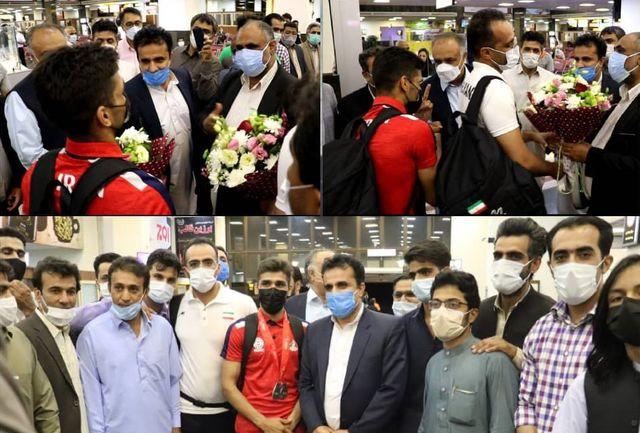 بوکسور المپیکی سیستان و بلوچستان بهمراه مربی تیم ملی وارد زاهدان شد
