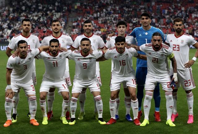 ایران با لباس یکدست سفید مقابل قرمز پوشان ویتنام قرار می گیرد