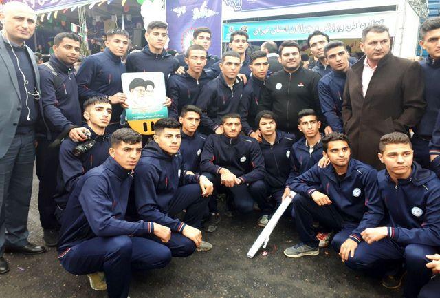 اعضای تیم ملی جوانان کبدی در مراسم راهپیمایی شرکت کردند