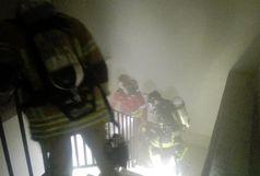آتش سوزی آسانسور مجتمع مسکونی خیابان گلستان مهار شد