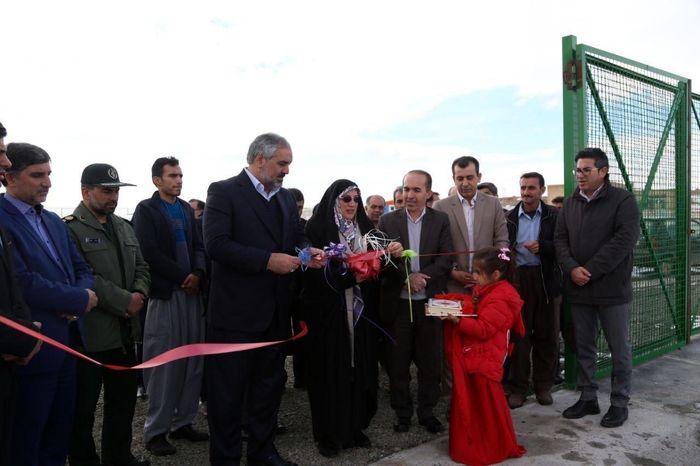 زمین فوتبال چمن طبیعی شهرستان دهگلان افتتاح شد
