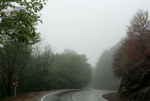 بارش باران و مه گرفتگی برخی محورهای کشور