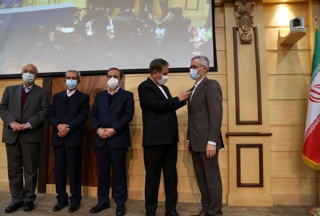 مدال افتخار ملی صادرات به ذوب آهن اصفهان رسید