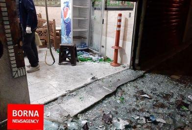 گزارش خبرنگار برنا از قهوه خانه ای که به رگبار بسته شد/فیلم