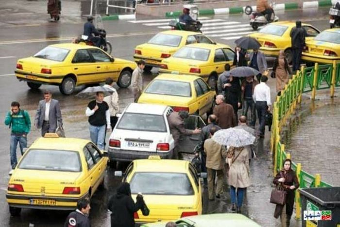 امیدواریم به زودی تمام رانندگان تاکسی بتوانند بیمه شوند
