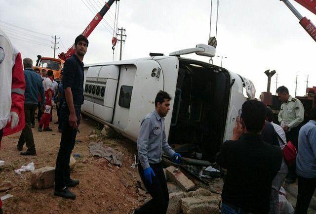 خواب آلودگی راننده اتوبوس منجر به کشته شدن 5 مسافر و مصدومیت 15 نفر