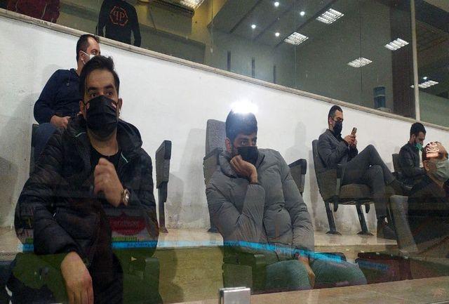 مهمان ویژه پرسپولیسی ها روی سکوهای آزادی