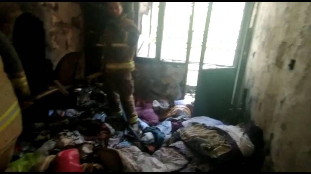 آتش سوزی در یک مجمتع مسکونی/ آتش نشانان 10 نفر را نجات دادند