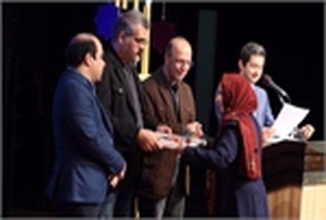 کسب رتبه دوم توسط بانوی دامغانی در جشنواره شعر و داستان انقلاب