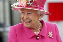 کیف ملکه انگلیس و محتویات آن خبرساز شد