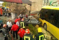 انحراف یک دستگاه اتوبوس در تبریز  چهار نفر را راهی بیمارستان کرد