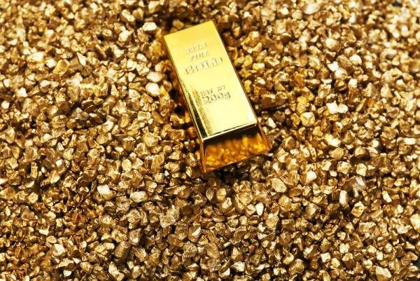 کشف محموله میلیاردی طلا و ارز