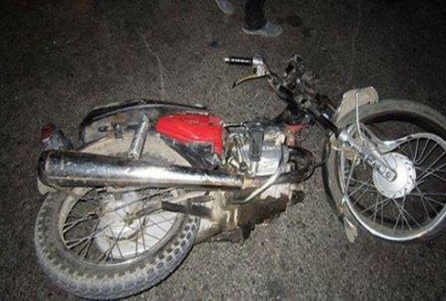 برخورد اتوبوس با موتورسیکلت، 2 کشته برجای گذاشت