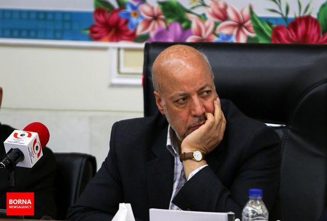 همه ارگانهای استان اصفهان باید برای رفع مشکلات جوانان تلاش کنند