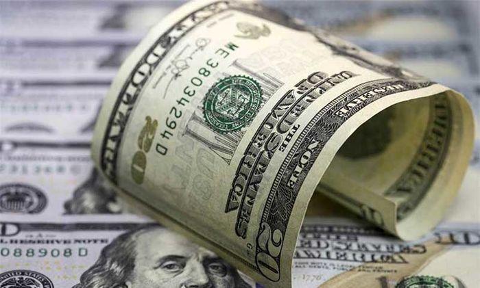 تضعیف دلار در برابر یورو و ین