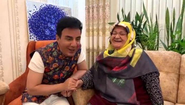 سرگرمی عموپورنگ و مادرش در قرنطینه خانگی / ببینید
