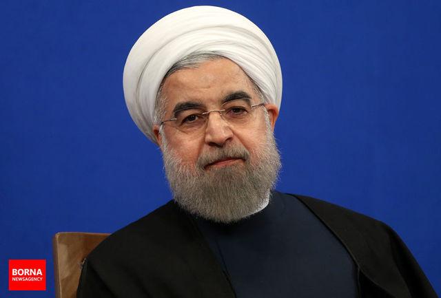 روحانی قانون دائمی شدن مدیریت خدمات کشوری را ابلاغ کرد