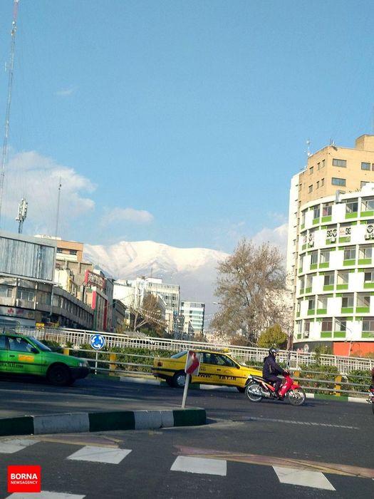 باد به کمک تهران آمد