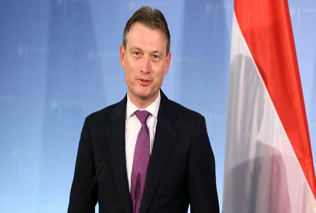 پوتین باعث استعفای وزیر خارجه هلند شد