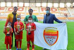 رویای فوتبالی ۳ کودک خوزستانی مبتلا به سرطان بر آورده شد+ببینید