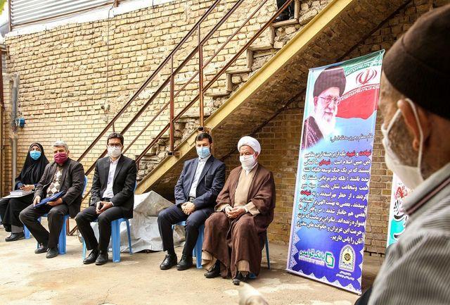 خانواده شهید نیروی انتظامی تجلیل شد