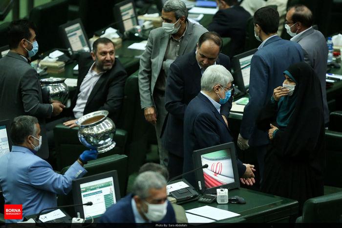 9 وزیر به مجلس میروند
