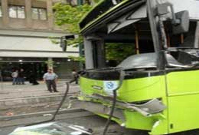 تصادف عجیب اتوبوس زائران اربعین با گله گراز!