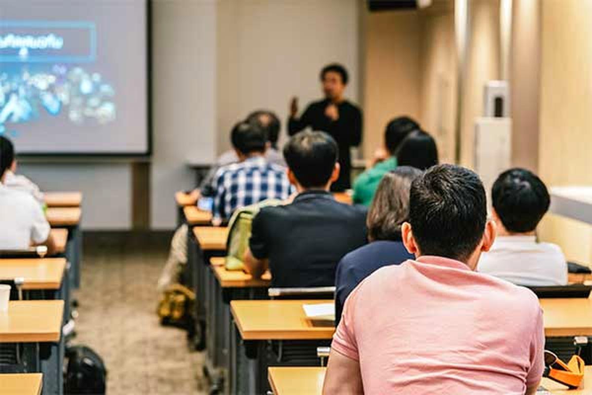 دورههای تکمیلی برای افزایش توانایی دانشجویان در پساکرونا برگزار شود