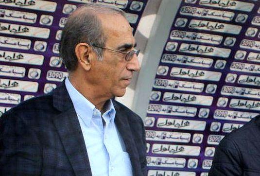 حسینی از گرفتن کارتی که حقش نبود ناراحت بود/ این برد استقلال را آماده دربی 86 میکند