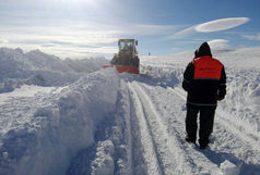 آمادگی ۵۵ اکیپ راهداری کرمانشاه برای خدماتدهی به زلزله زدگان در زمستان