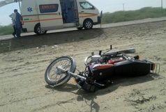 یک کشته و دو مجروح در برخورد موتورسیکلت با پژو
