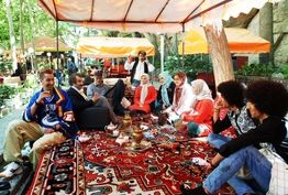 جبار آذین: پایتخت از دیگر آثار تلویزیونی متمایز است
