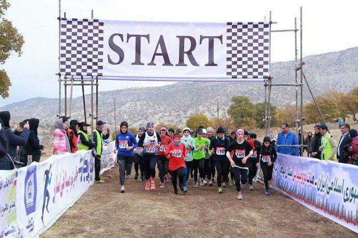 نایب قهرمانی بانوان خراسان رضوی در مسابقات دوی صحرانوردی کشور