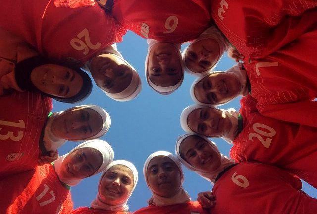برگزاری تمرین تیم فوتبال دختران نوجوان