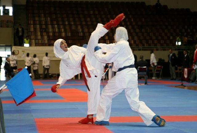 بانوان کاراته کا به اردو می روند