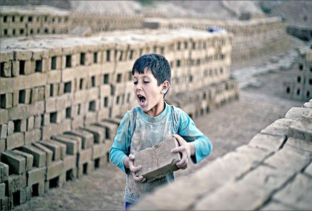 سوزاندن روح زنان و کودکان کار در کورههای آجرپزی/ پرداخت 30 هزارتومان مزد در قبال برگرداندن 14 هزار آجر!