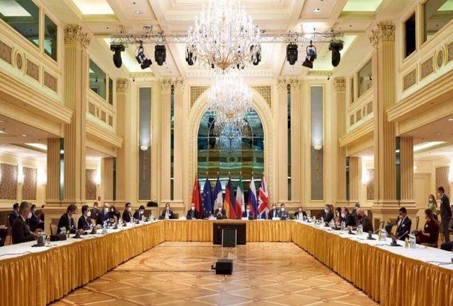 لوموند: تحریم هایی که ایران را از ۷۰ میلیارد دلار عایدی محروم کرده است/نشست وین سازنده و رو به جلو بود
