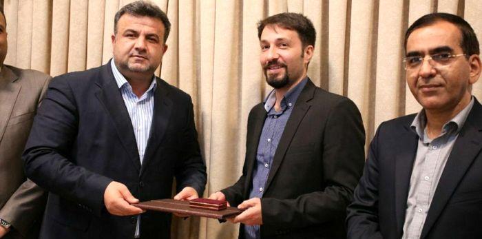 تجلیل استاندار مازندران از مدالآور شمشیربازی جهان
