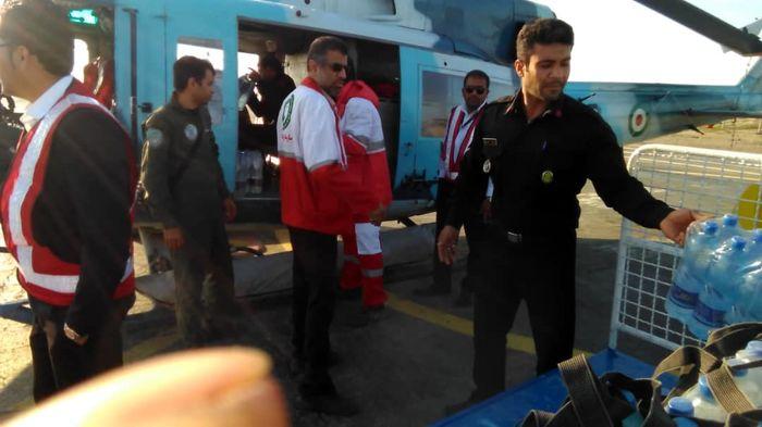 استمرار امداد رسانی هوایی به مناطق سیل زده شرق هرمزگان