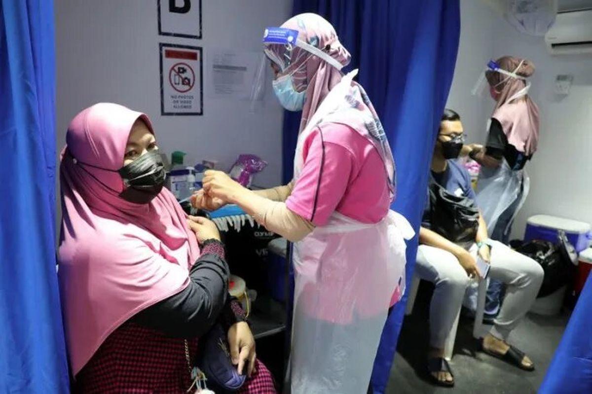 کنار گذاشته شدن استفاده از واکسن چینی کرونای «سینوواک» در این کشور آسیایی!
